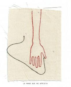la mano que no aprieta